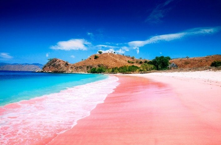 Top 10 Pink Beaches In The World