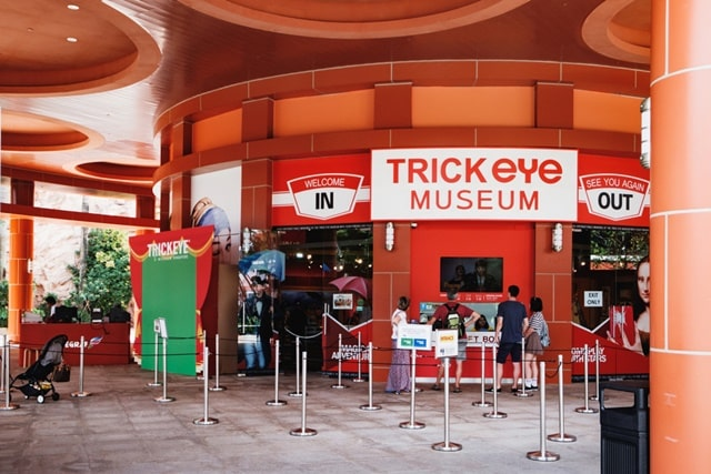 3D- Art At Trick Eye Museum Singapore