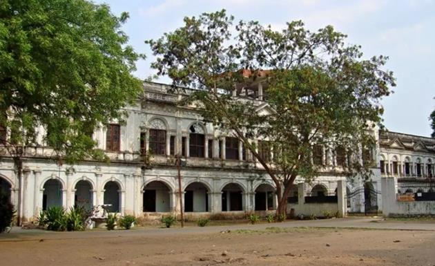 Places To Visit In Hyderabad City: Purani Haveli