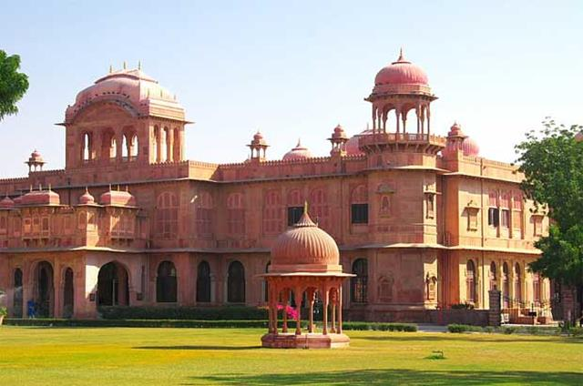 Lalgarh Palace Bikaner Tourist Places