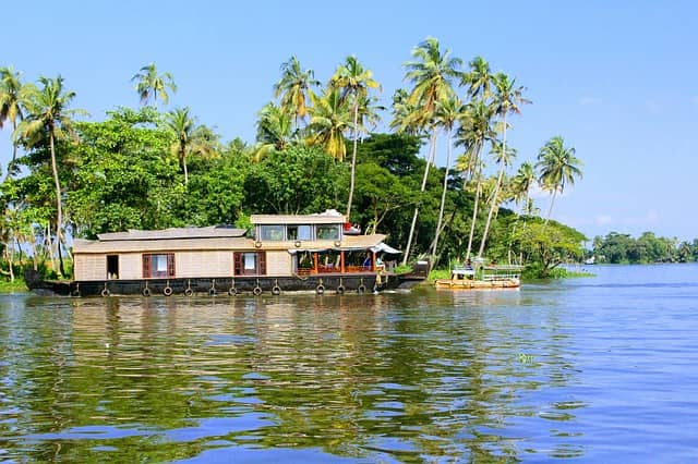 Alleppey Tour Packages Prices Low Budget Tourist Places In India