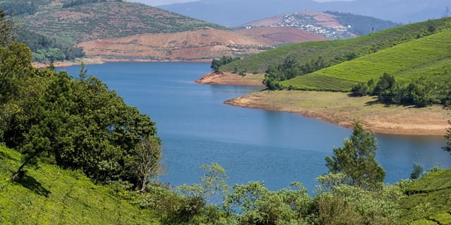 Emerald Lake Ooty Tourist Place