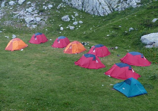 Places To Visit In Kanatal Heights Camp