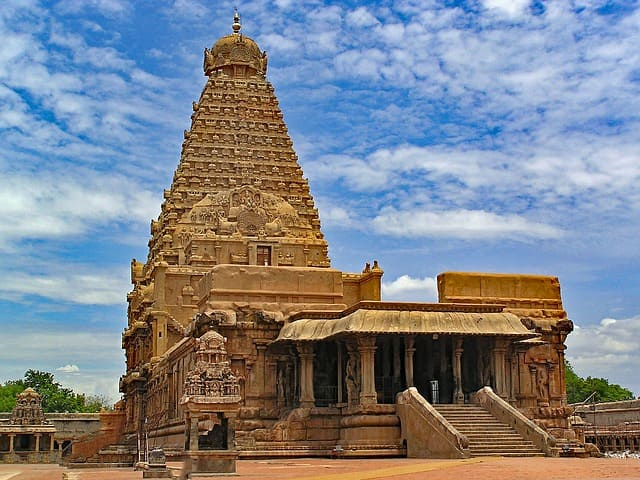 Places Near Bangalore Thanjavur Tourist Places