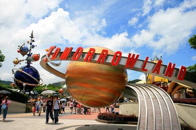 Tomorrowland Hong Kong Disneyland Tour
