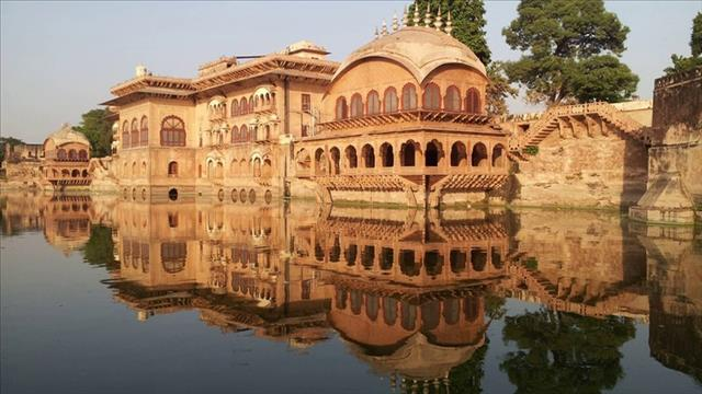 Places To Visit In Bharatpur Tourism: Deeg Palace Bharatpur Rajasthan