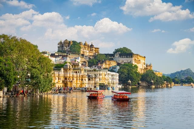 Udaipur Romance Honeymoon Destination In India