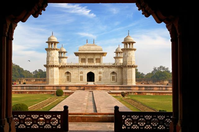 Itmad-Ud-Daulah TombPlaces To Visit In Agra Near Taj Mahal