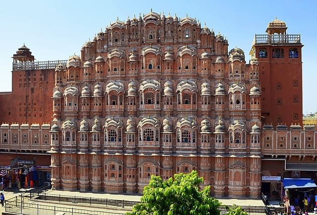 Places To Visit In Jaipur Tourism: Hawa Mahal Jaipur India