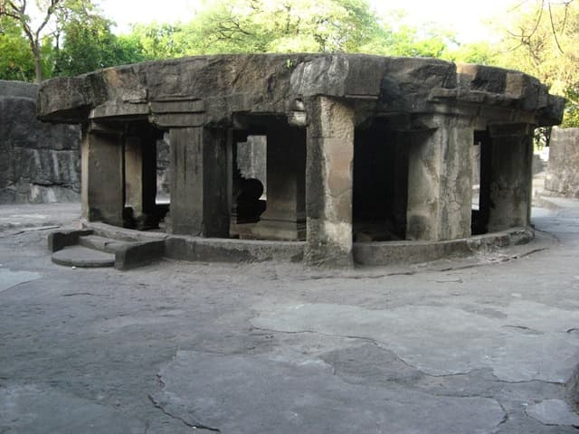 Places To Visit In Pune: Pataleshwar Temple Pune, Maharashtra