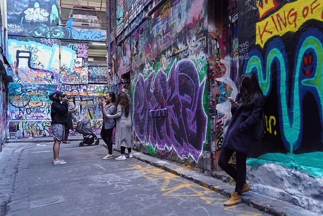 Melbourne Laneways Walking Tour