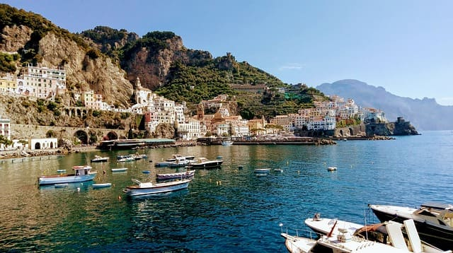 Take A Boat Tour From Amalfi Coast Holidays