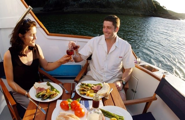 Romantic Dinner Cruise Melbourne