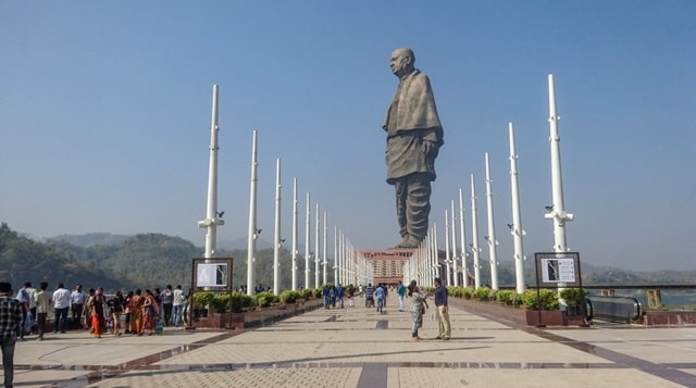 Who Gave The Title Sardar To Vallabhai Patel?
