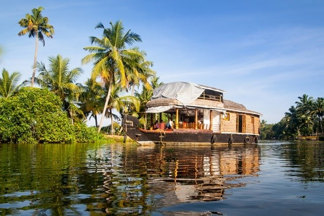 Alleppey Houseboat Booking Online