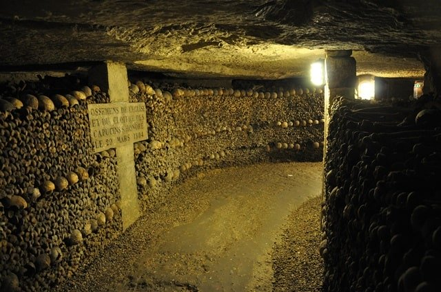 Paris Catacombs Guided Tour
