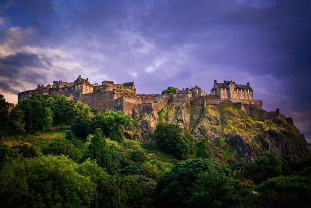 Visit The Spectacular Edinburgh Castle Tour