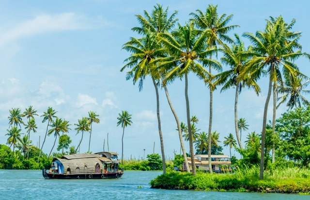 Places To Visit In Alleppey Tourism: Alappuzha Beach