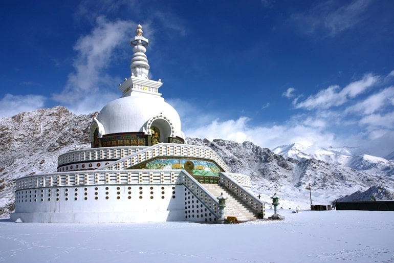 Top 30 Buddhist Stupas In India: stupa location: lord buddha
