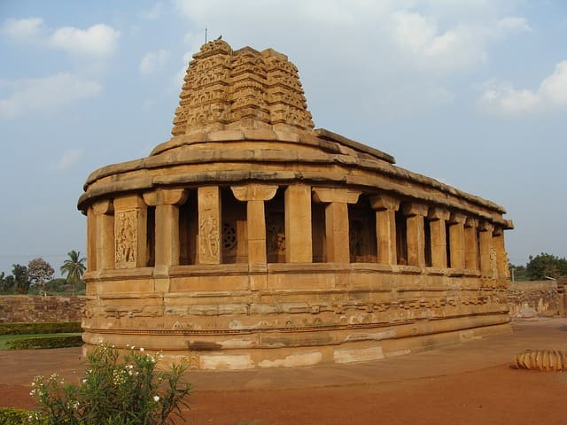 Aihole Temple Complex, Karnataka Famous Monuments Of India
