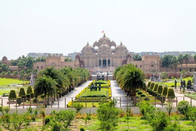 Swaminarayan Akshardham Temple, Delhi Best Monuments In India