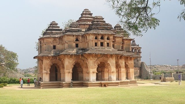 Facts And Features Of Hampi
