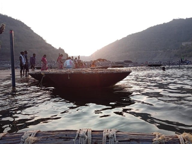 Adventurous Things To Do In Srisailam Trip Boating At Pathala Ganga