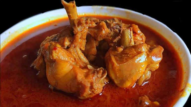 ErachiVarutharacha Curry (Fried-Ground Mutton Curry)