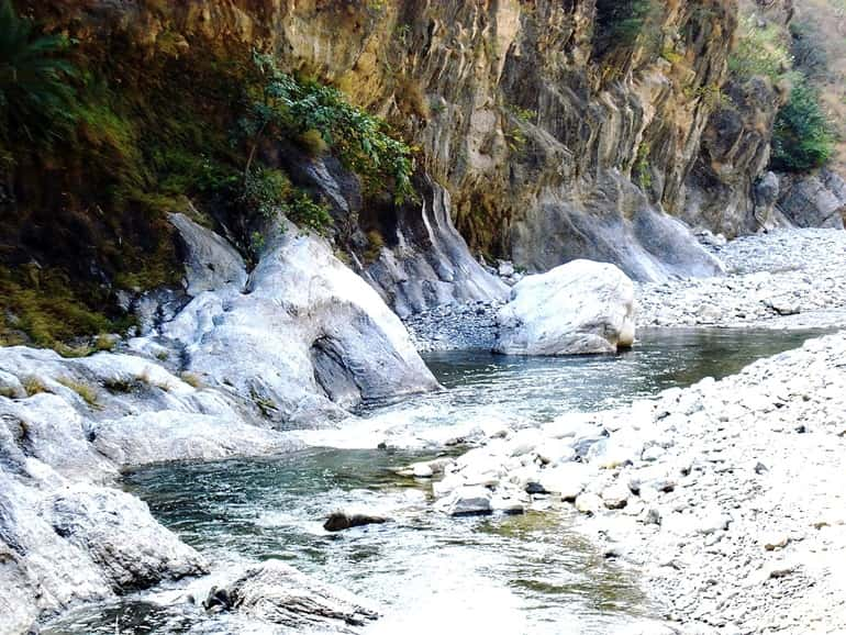 Best Natural Hot Spring Destination In The World: Tattapani Hot Water Spring India