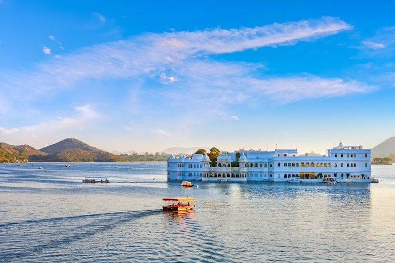 Take A Boat Ride In Lake Pichola Udaipur